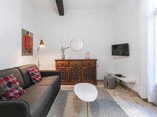 Superbe appartement T2 a une rue de la Comedie