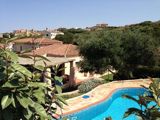 Maison du Soleil villa with pool and garden in north Sardinia