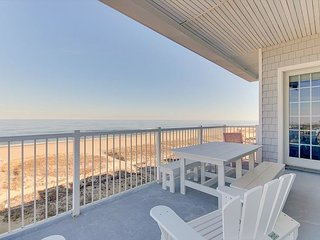 Atlantic View Penthouse 415 - Oceanfront Getaway with Amazing Ocean Views!
