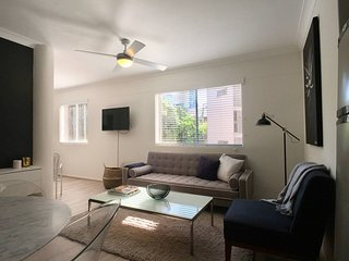 Modern Central Apartment 5mn Walk from Potts Point