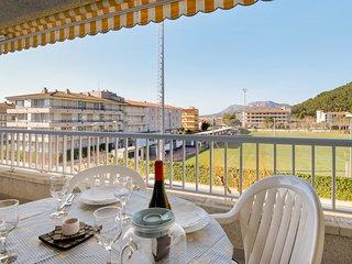 Es D'Or Apartment, terraza privada y piscina compartida