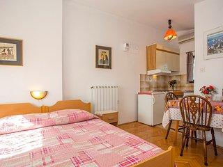 Apartments Jakša / Studio S1