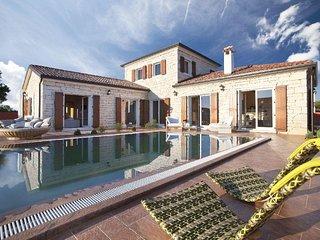 Istrian Villas Modena & Luxoria / Istrian Villa Modena