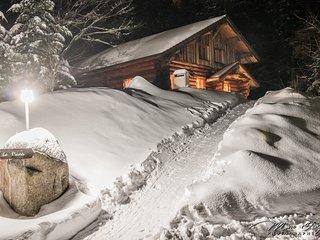 914. Superbe chalet rondin 12/14p 150m2 4ch sauna