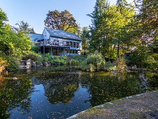 Tranquility Home with Duck Pond