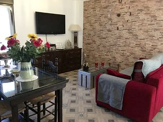 Spacious apartment in the center of Baeza with Parking, Washing machine, Air con