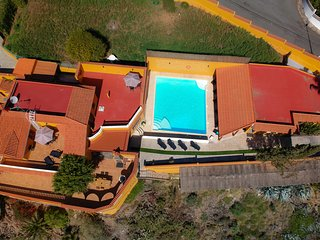 CANALINA RURAL PARADISE, GREAT FOR EVENTS, BBQ, POOL, SEA VIEWS, WIFI