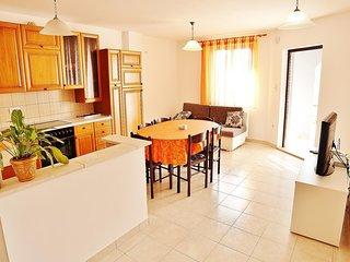 Apartment Stefanija / Three bedrooms A1
