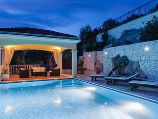 Villa Vese Vitez -Heated Pool