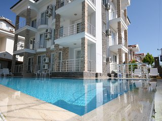 Classic 2 Bed 1st Floor Family Apart by Calis Beach