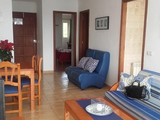 Nice Apartment with balcony overlooking the sea & beach 2B
