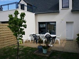 Garden side terrace