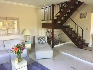Beautiful Townhouse in Hacienda Village directly faced to the Lake