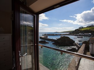 The Boatmans, 10 Little Meva - Sea and Harbour Views
