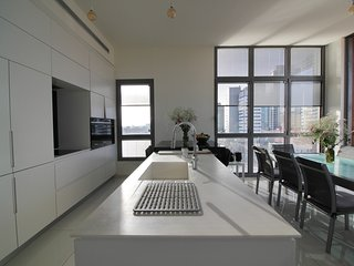 Levontin street - Amazing Penthouse - 3 bedrooms - Terrace  and balcony