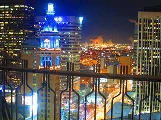 DENVER SUITE BUSINESS THEATER DISTRICT STUNNING VIEW GREAT AMENITIES & LOCATION