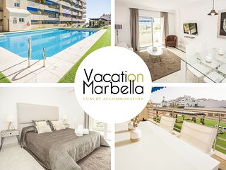 NEWLY DECORATED FLAT FOR UP TO 4 WITH SWIMMING POOL, IDEAL FOR SHOPPING LOVERS!