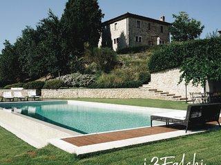 Villa I Tre Falchi Todi