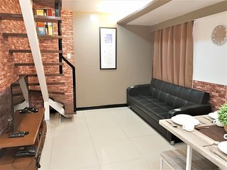 3BR BGC for 4 PAX Bi-Level Suite at Fort Bonifacio