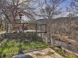 NEW! 'Kaweah River Cabin' 7 Mi to Sequoia Ntl Park