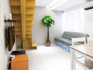 2BR BGC Minimalistic Duplex with City View