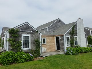 23 East Lincoln Avenue, Nantucket, MA