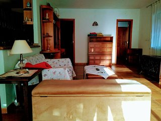 Bed with bath in apartment, Playa, Parking, wifi