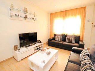 Casa Benno - 4 Bed Villa, Fast Wi-Fi & Sky TV Preview listing
