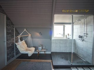 Trendy's Beach House Luxury room (2 persons)