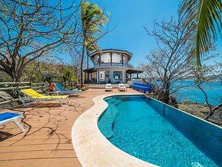 Iconic Point House of Playa Flamingo