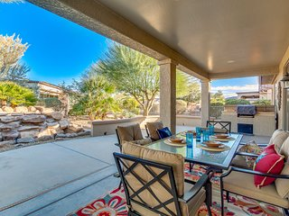 Sun City Grand! Tranquil Yard! Amenities Galore! 3/2! 30 Night Minimum Stay!