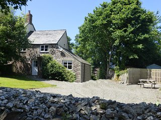 73423 Cottage situated in Crackington Haven (2mls SE)