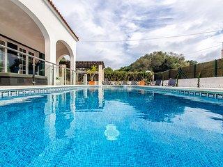 190- Tranquilidad a 5 minutos de preciosa Cala, piscina,wiffi, aire acondicionad