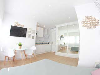 NEW, MODERN & CENTRAL STUDIO TORREMOLINOS