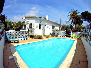 Villa Can Dani, less than 500m from the beach, Terrace, private pool, barbecue
