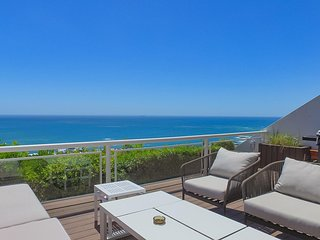 3 Bedrooms with unobstructed Views | 7th Heaven