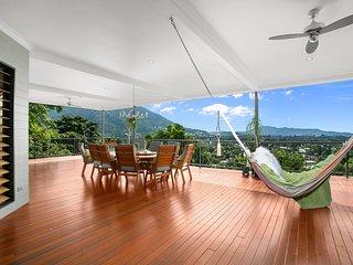 Amongst The Treetops - Six Bedroom Luxury Home