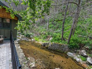 Listen To Rushing Water Near Downtown Gatlinburg