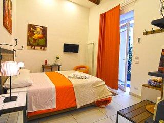 Botero Double Room, Ninarella Bed&Breakfast