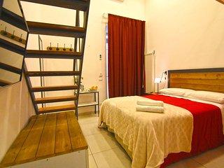 Dali Double Room, Ninarella Bed&Breakfast