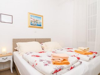 Old Town Finest - Two-Bedroom Apartment (4+2 Adults) - Lucarica 4 Street