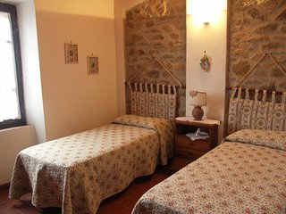 Diaccialone Apartment Sleeps 5 with Pool - 5762797