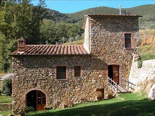 4 bedroom Villa in Sant'Antimo, Tuscany, Italy - 5762559