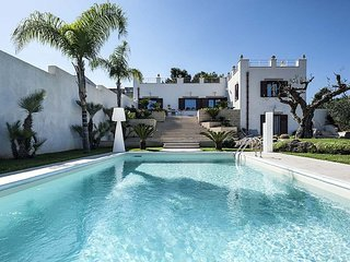 3 bedroom Villa with Pool and WiFi - 5764395