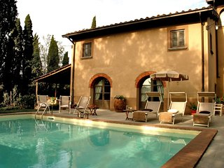 Terranuova Bracciolini Villa Sleeps 12 with Pool and WiFi - 5764204