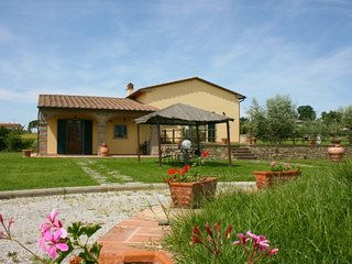 Fratticciola Villa Sleeps 20 with Pool - 5764139