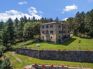 Bagno a Ripoli Villa Sleeps 22 with Pool Air Con and WiFi - 5762727