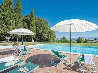 Sovignano Villa Sleeps 22 with Pool and WiFi - 5762326