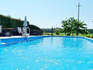 Contignano Villa Sleeps 22 with Pool Air Con and WiFi - 5762707