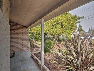 Chic Palo Alto Home w/Yard & Central Location